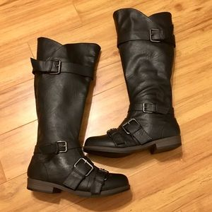Shoes - Tall black buckle boots
